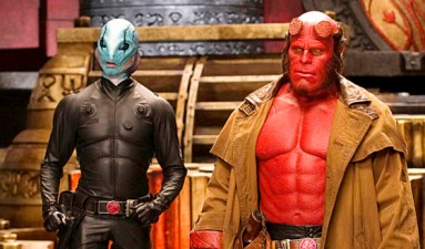 HELLBOY II: THE GOLDEN ARMY, (aka HELLBOY 2), Doug Jones (second from left), Ron Perlman (third from left), Selma Blair (far right), 2008. ©Universal/courtesy Everett Collection
