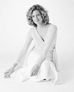 Kristine-Sutherland-Feet-1236902